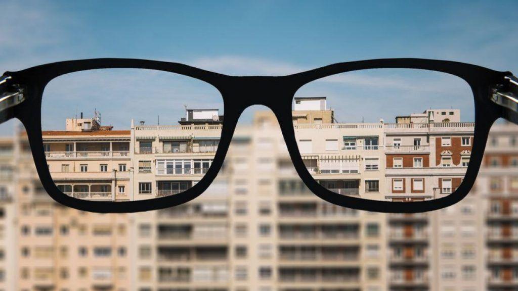a que edad se estabiliza la miopia baja